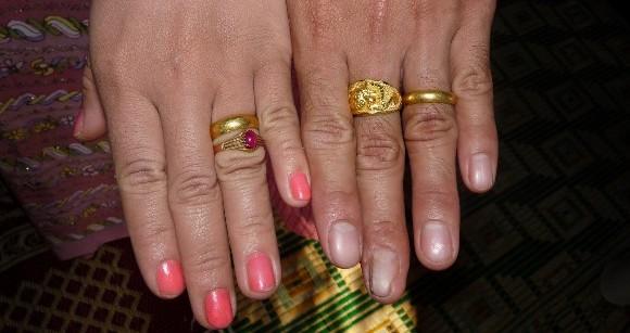 ringen op bruiloft Myanmar