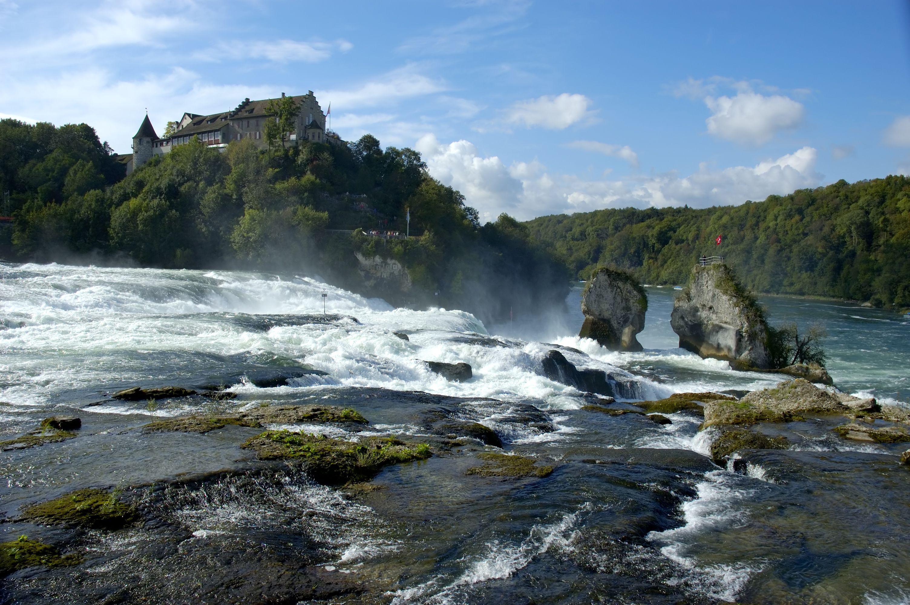 Watervallen Van Schaffhausen Zwitserland.Schaffhausen Zwitserland Informatie Reizen Reisbureau